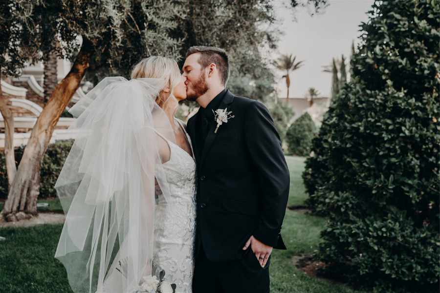 A Lush Vineyard Las Vegas Wedding